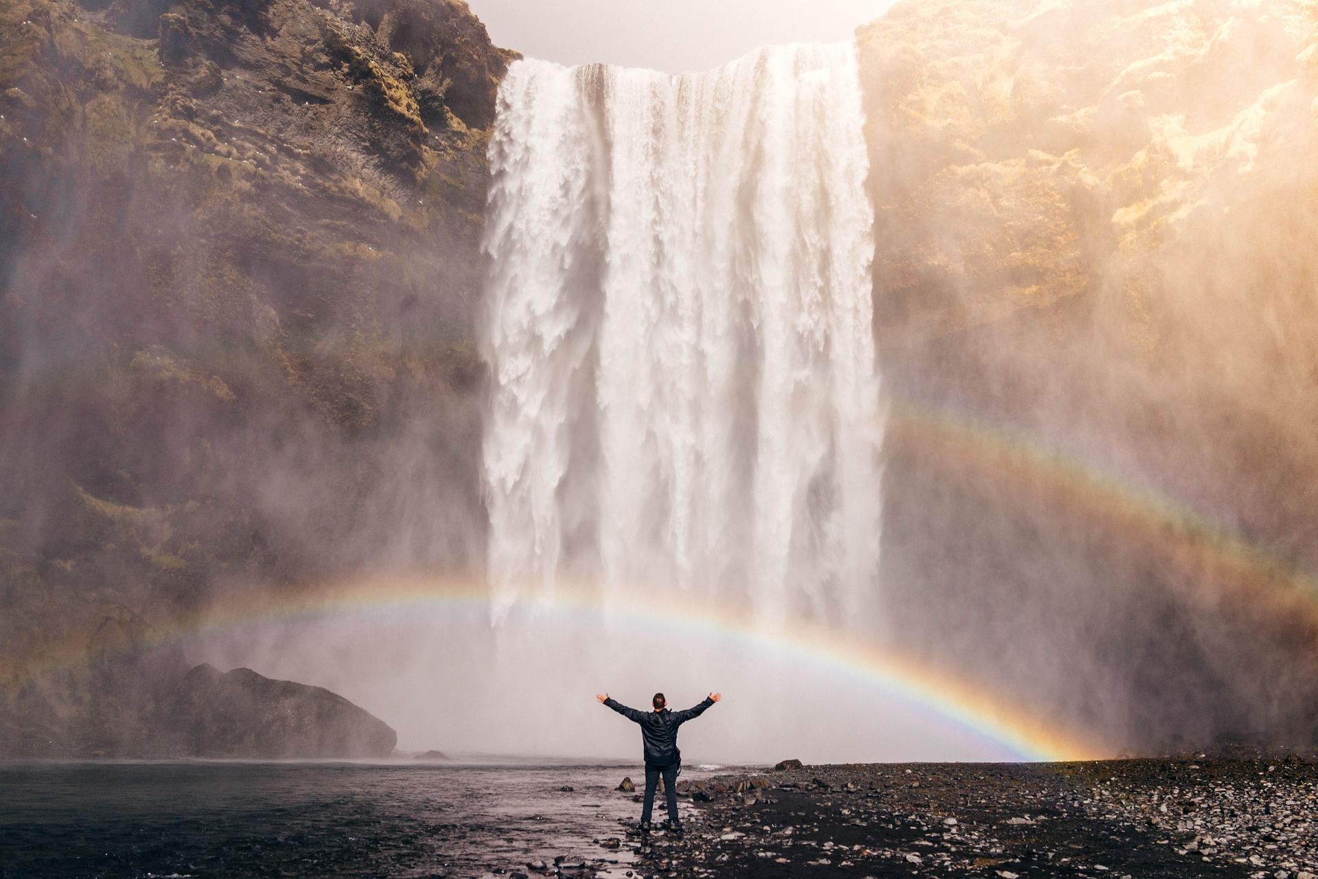 waterfall-828948_1920